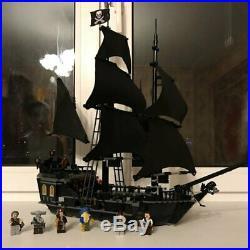 2020 Pirates Of The Caribbean Toys Kids Black Pearl Ship Jack Sparrow