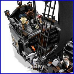 804pc Pirates of the Caribbean The Black Pearl Pirate Ship Model Building Blocks
