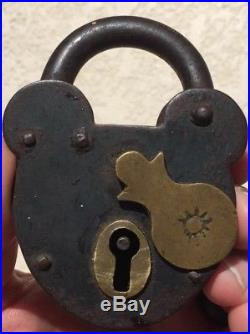 Authentic Disney World Pirates Of The Caribbean Hidden Mickey Lock Prop Sign