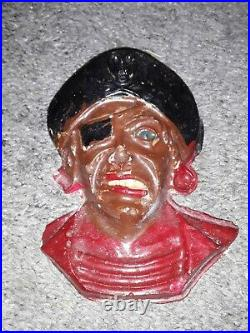 DISNEYLAND PIRATES OF THE CARIBBEAN VINTAGE RARE WALL BUST GIFT SHOP PROP 60s