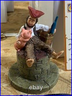 Disney Pirates Of The Caribbean Vintage Figurine Pirate Pig And Watch UNWORN