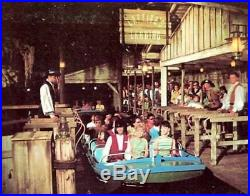 Disney World Magic Kingdom Pirates Of The Caribbean Ride Prop Treasure