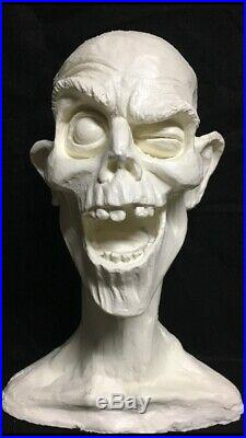 Disneyland Haunted Mansion Pop Up Ghost Head Prop