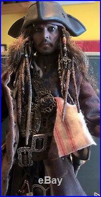 Hot Toys DX15 Captain Jack Sparrow Pirates of the Caribbean MIB 16 Figure