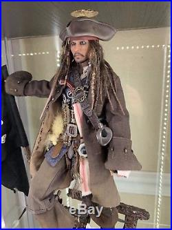 Hot Toys DX15 Pirates Of The Caribbean Jack Sparrow 1/6 Dead Men Tell No Tales