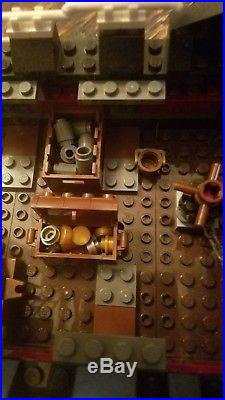 LEGO PIRATES OF THE CARIBBEAN 4195, QUEEN ANNE'S REVENGE 1 MANUALS, Complete