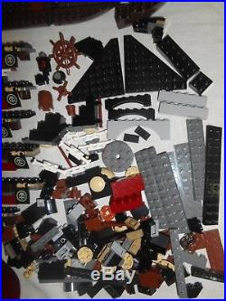 LEGO Pirates of the Caribbean QUEEN ANNE'S REVENGE 4195 Parts Not Complete