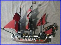 LEGO Queen Anne's Revenge (4195) 95% complete. No skeletons and only 2 minifigs
