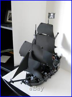 Lego 4184 Pirates of the Caribbean The Black Pearl excellent condition + more