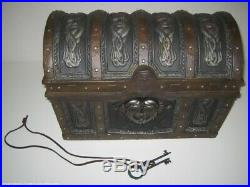 Master Replicas Pirates Of The Caribbean DEAD MANS CHEST Prop Replica 11 Scale