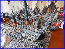 Mega Bloks Disney Pirates of The Caribbean 1029 FLYING DUTCHMAN Ship & Box