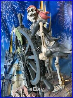 NEW Disney Parks PIRATES OF THE CARIBBEAN Jim Shore Helmsman Skeleton Figure