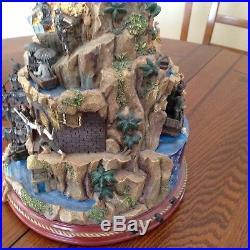 Pirates of the Caribbean Tabletop Tree Hawthorne Village/Bradford Exchange