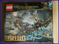 Sealed LEGO Pirates of the Caribbean Silent Mary 71042
