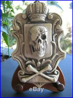 Vintage Randotti Pirate Skull Plaque Glows In The Dark- Pirates Of Caribbean