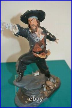 WDCC Pirates of the Caribbean Captain Barbossa BLACK-HEARTED BRIGAND Figurine